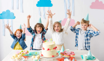 7 Essential Tips On How to Throw An Amazing Birthday Party