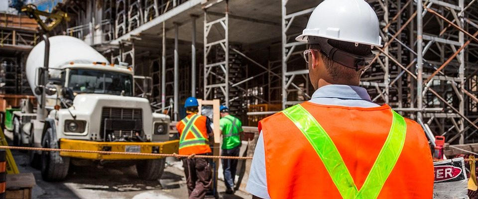 Different Types of Insurance for Construction Professionals